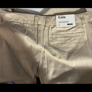 NWT Gap flare trousers size 6 cream with pink